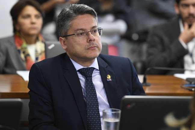 O senador Alessandro Vieira (Cidadania-SE).
