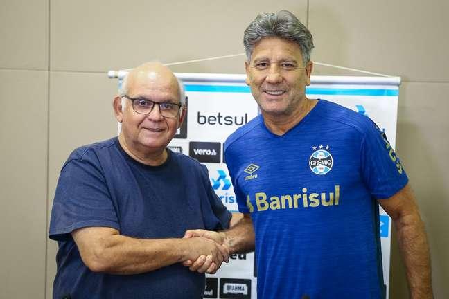 Renato Gaúcho renovou o contrato com o Grêmio por mais um ano