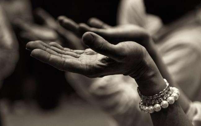 Confira 3 orações para receber a cura e por meio da fé -