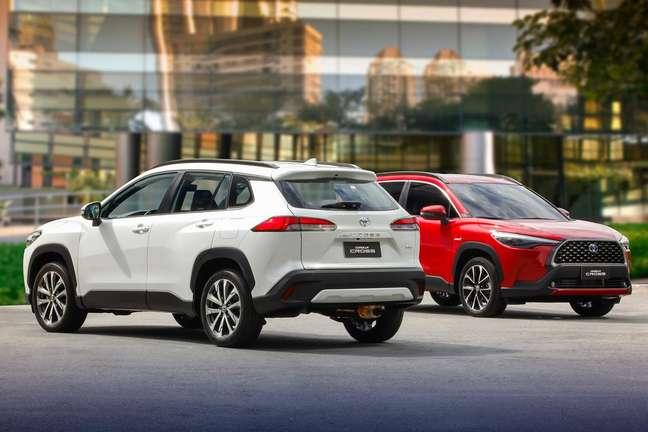 Corolla Cross 2.0 Flex (branco) terá 70% do mix de produção na fábrica de Sorocaba.