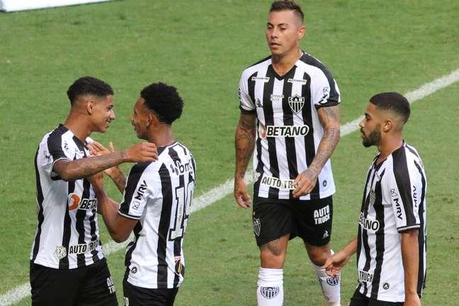 Atlético-MG vence o Patrocinense e continua 100% no Mineiro