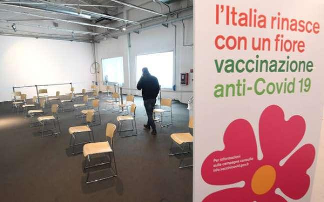 Suspensão da AstraZeneca pode atrasar campanha de vacinação na Itália