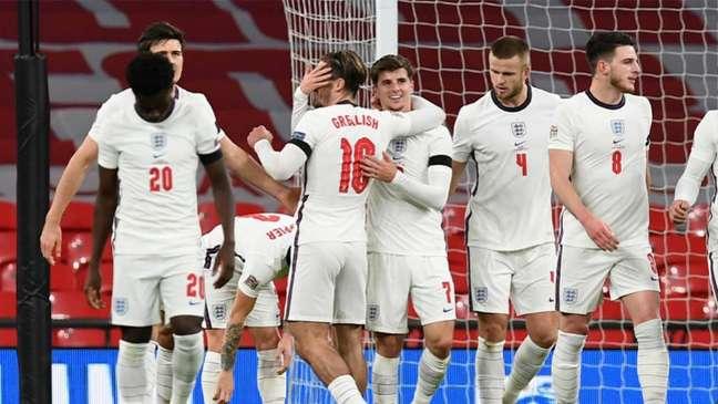 Inglaterra joga nesta quinta-feira (Foto: NEIL HALL/AFP)