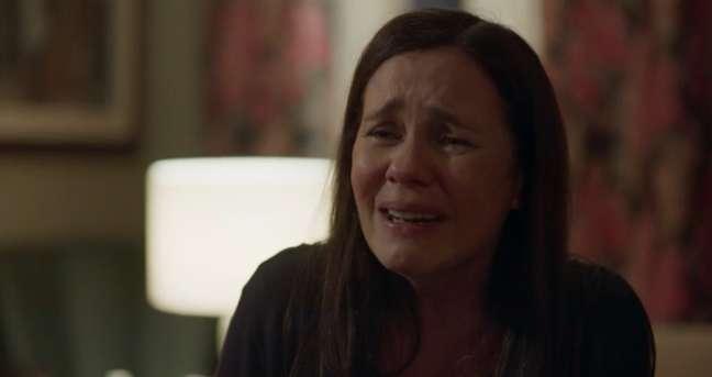 Adriana Esteves (Thelma) em aguardada cena de 'Amor de Mãe': o público viu, mas pouco repercutiu