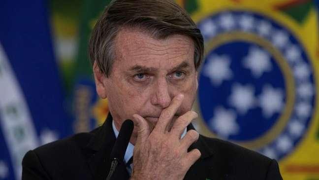 Bolsonaro trocou os Ministros das Forças Armadas