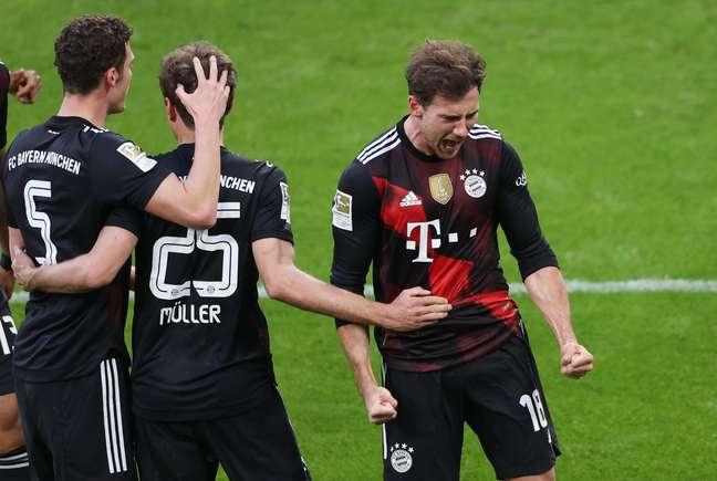 Jogadores do Bayern comemoram mais um triunfo