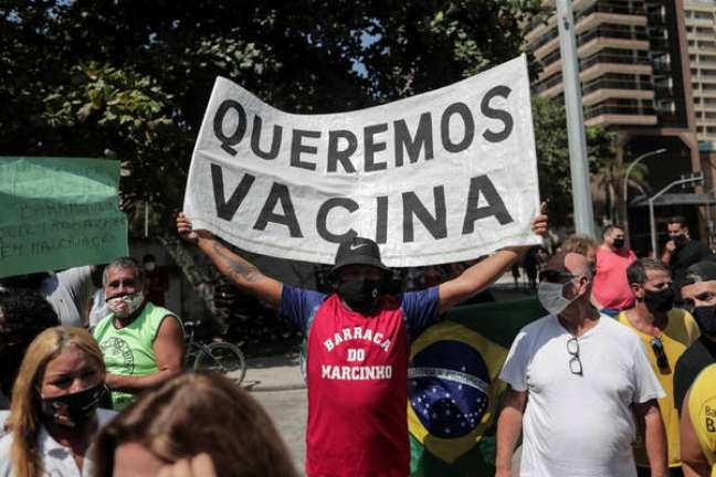 Protesto no Rio de Janeiro contra novas medidas anti-Covid