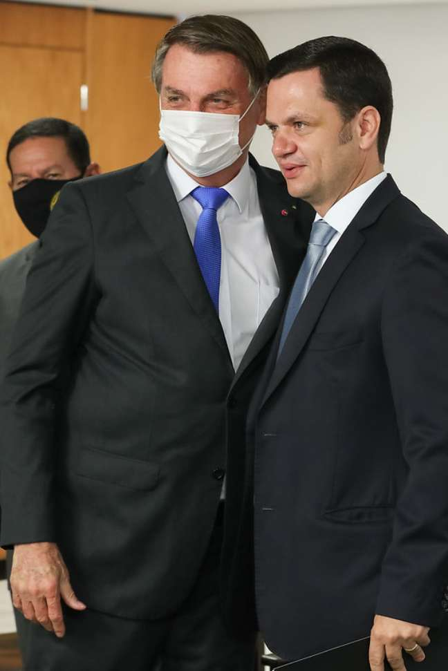 Bolsonaro dá posse ao novo ministro da Justiça, Anderson Torres