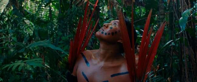 Filme do diretor Luiz Bolognesi acompanha o conflito de terras em uma comunidade indígena