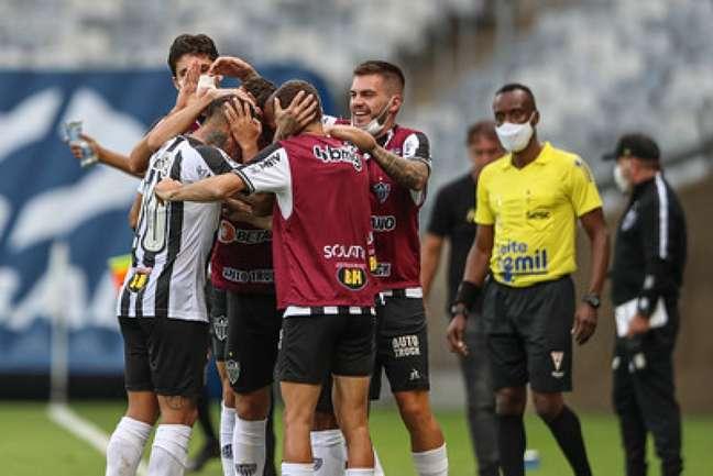 Vargas abriu o caminho para o triunfo alvinegro no Mineirão-(Pedro Souza/Atlético-MG)