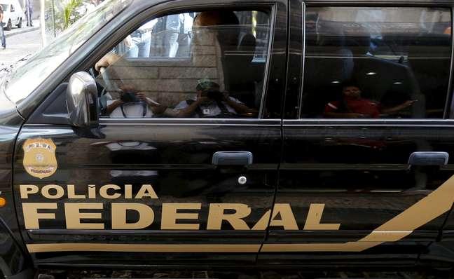 Veículo com logo da Polícia Federal   28/07/2015 REUTERS/Sergio Moraes
