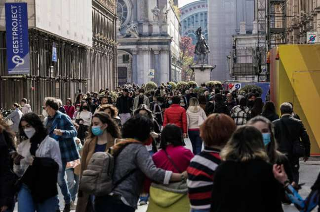 Itália teve menor número de mortes desde março e mantém números estáveis da pandemia