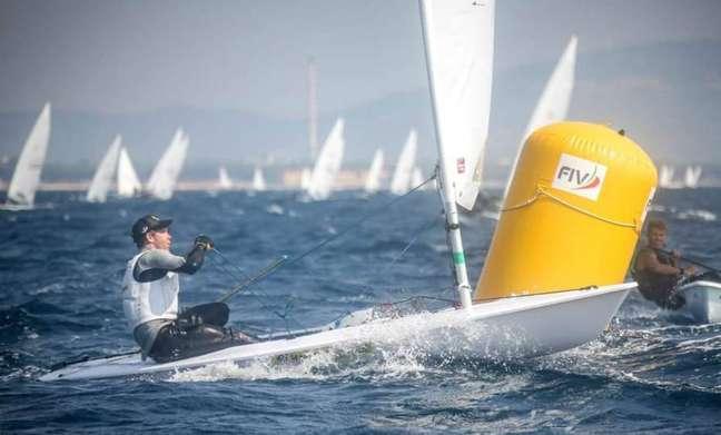 Em 2º lugar, Scheidt entra no dia final de regatas em Portugal lutando por pódio