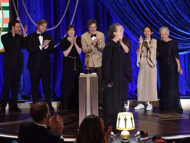 Saiba porque Frances McDormand uivou ao receber o Oscar
