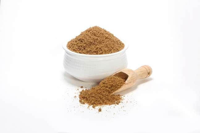 O açúcar mascavo é opção para deixar o açúcar refinado