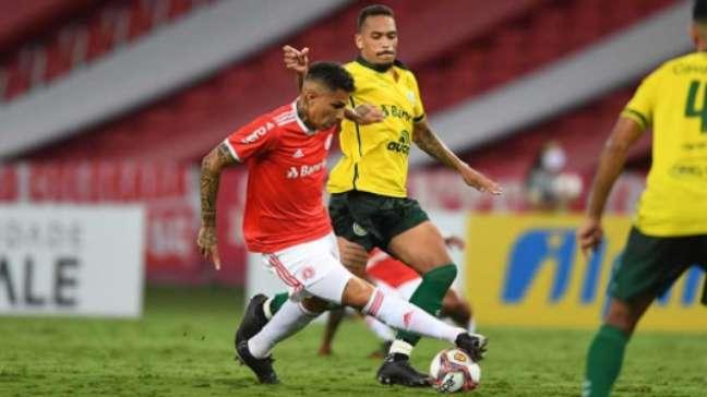 Guerrero vai desfalcar o Internacional para defender a seleção peruana (Foto: Ricardo Duarte/SC Internacional)