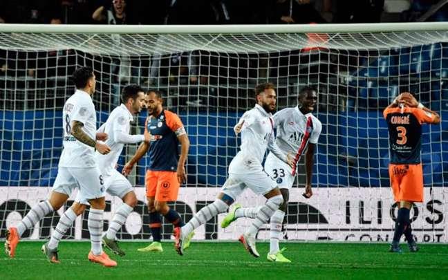 Montpellier e PSG se enfrentam nesta quarta (Foto: PASCAL GUYOT / AFP)