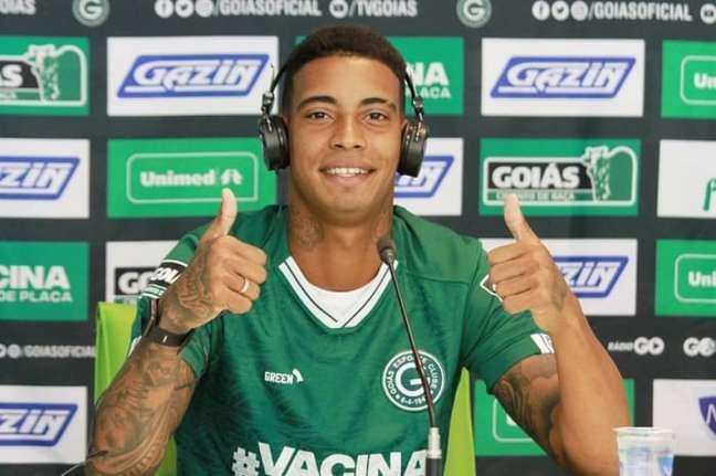 Jogador irritou torcedores com primeira coletiva pelo clube (Rosiron Rodrigues/Goiás E.C.)