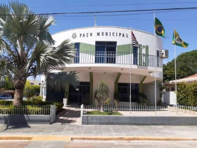 A prefeitura de Borá, menor cidade de São Paulo, confirmou a primeira morte por covid-19. O morador estava internado em hospital de cidade vizinha