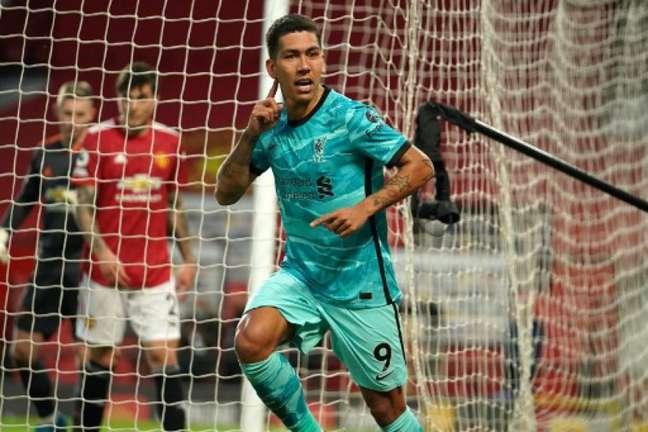 Firmino marcou duas vezes na vitória do Liverpool (Foto: DAVE THOMPSON / POOL / AFP)