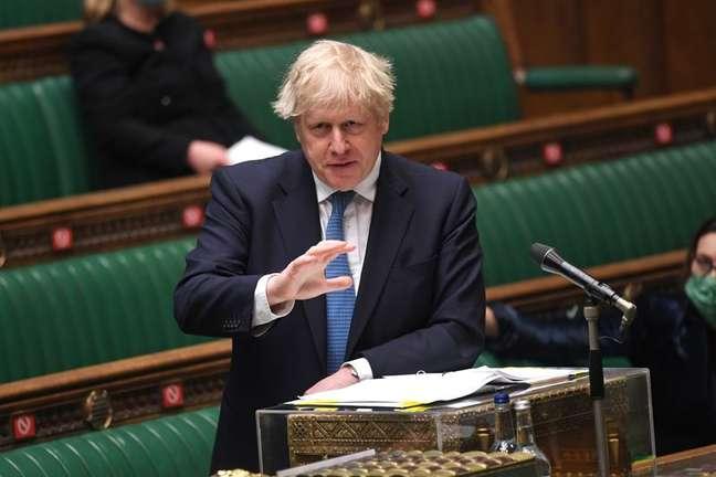 Primeiro-ministro do Reino Unido, Boris Johnson, no Parlamento em Londres 12/05/2021 Parlamento do Reino Unido/Jessica Taylor/Divulgação via REUTERS