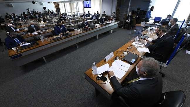 CPI vai ouvir executivo da Pfizer para detalhar tratativas com o governo federal