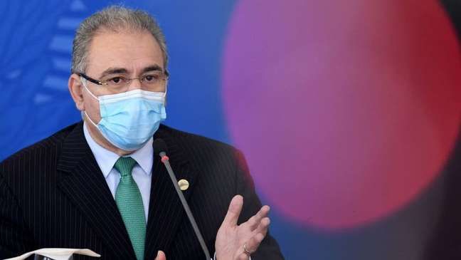Ministro da Saúde reconheceu ineficácia da cloroquina