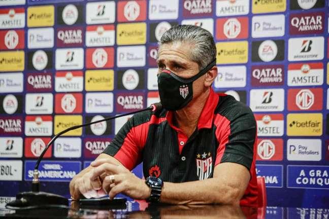 Jorginho foi contratado no dia 5 de abril de 2021 (Foto: Divulgação/Atlético-GO)