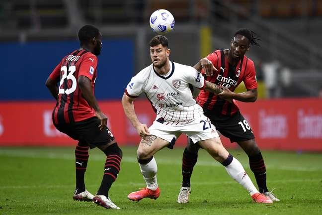 Milan enfrentou o Cagliari neste domingo 16/05/2021