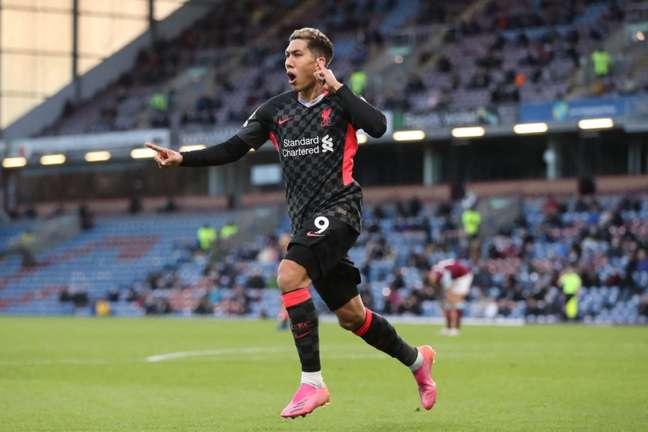 Firmino tem nove gols pelo Liverpool na temporada (Foto: MARTIN RICKETT / POOL / AFP)