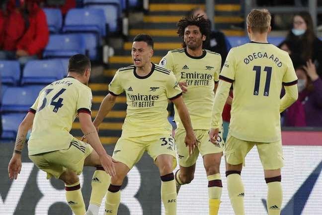 Gabriel Martinelli foi importante na vitória do Arsenal contra o Crystal Palace (Foto: FRANK AUGSTEIN / POOL / AFP)