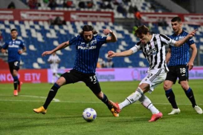 Chiesa marcou o gol do título da Juve (Foto: MIGUEL MEDINA / AFP)