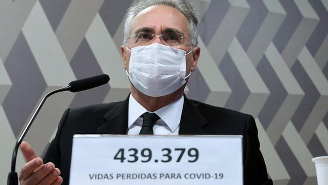 O relator da CPI da Pandemia, Renan Calheiros (MDB-AL), afirmou nesta quarta-feira que Pazuello 'mentiu muito' em seu primeiro dia de depoimento