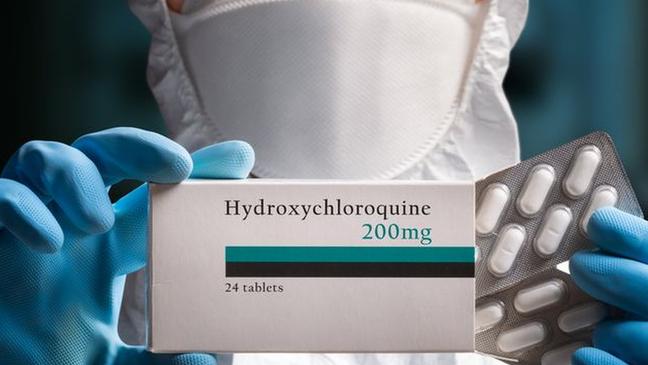 A hidroxicloroquina (uma das versões da cloroquina) foi alvo de intensa disputa durante a pandemia da covid-19. A evidência atual não sustenta seu uso para tratar a infecção pelo coronavírus
