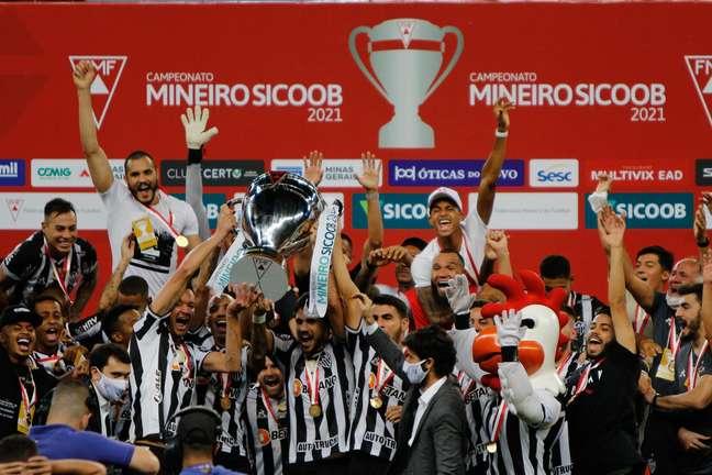 Jogadores do Atlético comemoram título
