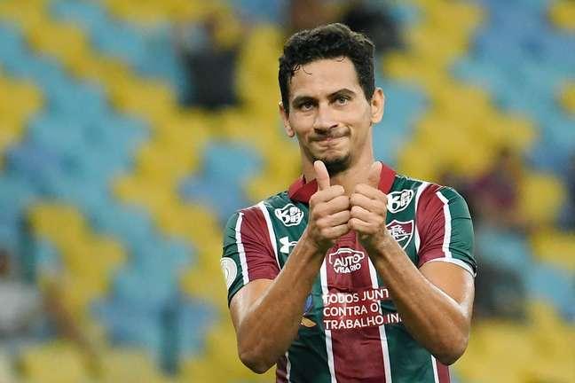 Paulo Henrique Ganso é reversa no Fluminense