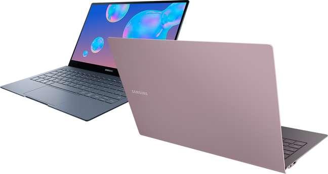 O notebook tem duas versões: a Metallic Gray, com 256GB de memória e a Earthy Gold, com 512GB.