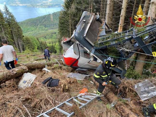 Acidente com cabine de teleférico matou 14 pessoas em Stresa