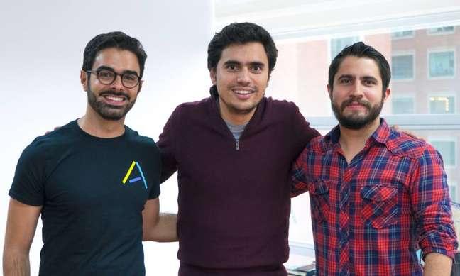 Da esq. para a dir., Santiago Suarez, Danial Vallejoe Elmer Ortega são os fundadores da fintech colombiana Addi