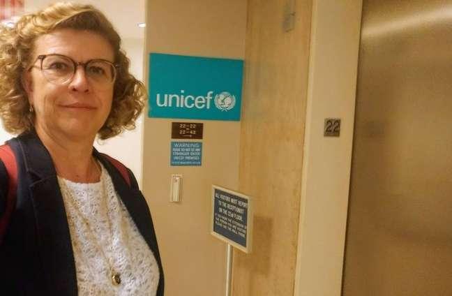 Professora Cláudia Lindgren em visita à sede da Unicef