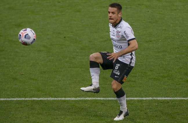 Ramiro marcou duas vezes pelo Corinthians pela Sul-Americana
