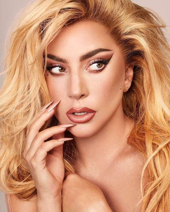 Lady Gaga anuncia álbum comemorativo para os 10 anos de lançamento de 'Born This Way'