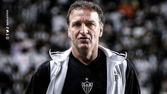 Cuca ficou na bronca com a arbitragem em derrota do Atlético-MG