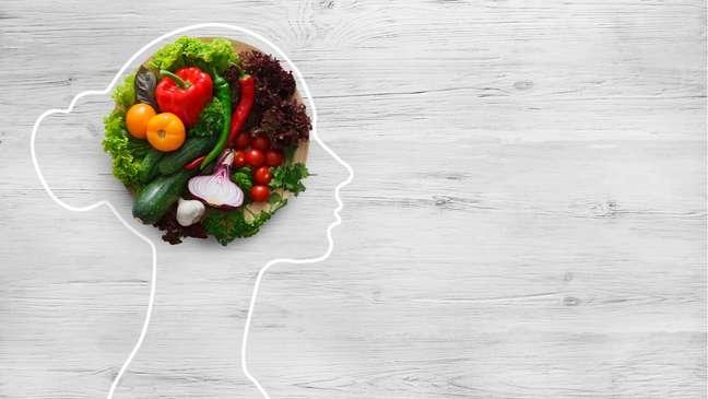 Alimentação saudável ajuda a evitar os fatores de risco para o AVC