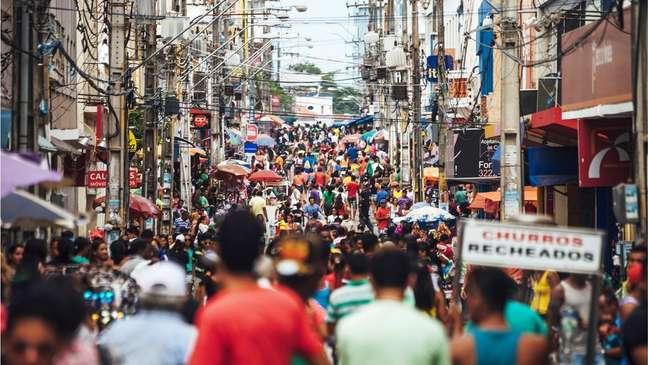 Consumo deve impulsionar retomada no segundo semestre, prevê a OCDE