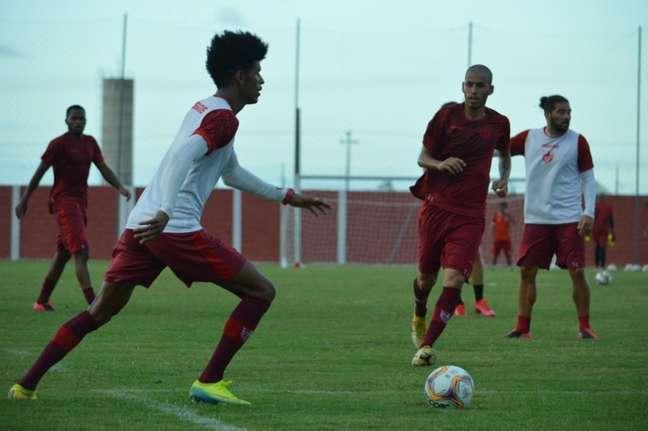Páscoa projetou o duelo com o Palmeiras pela Copa do Brasil (Foto: Divulgação / CRB)