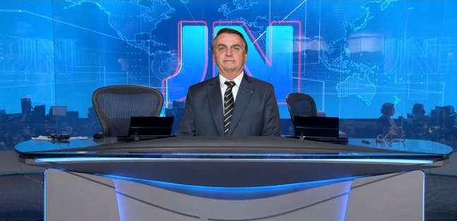 Desta vez, os âncora do 'JN', William Bonner e Renata Vasconcellos, não puderam noticiar o panelaço contra Bolsonaro