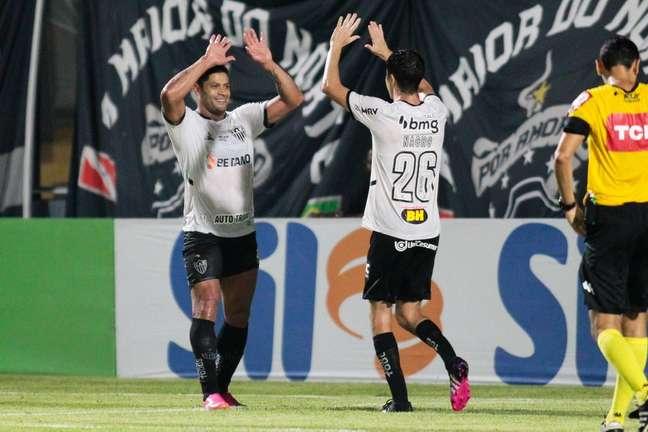 Com gols de Hyoran e Nacho, Atlético-MG bate o Remo em Belém
