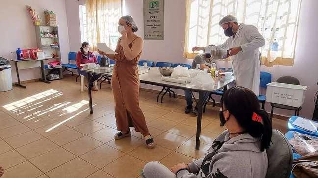 Posto de vacinação contra covid-19 em Araraquara, interior de São Paulo. Cidade atingiu índice epidemiológico para um novo lockdown
