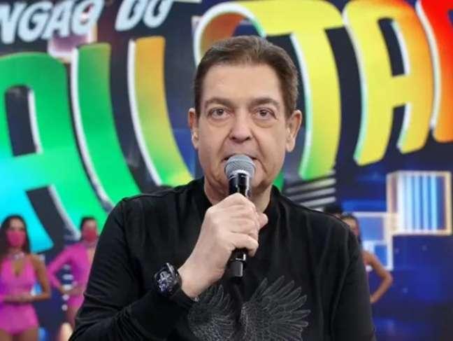 O apresentador foi diagnosticado com infecção urinária.